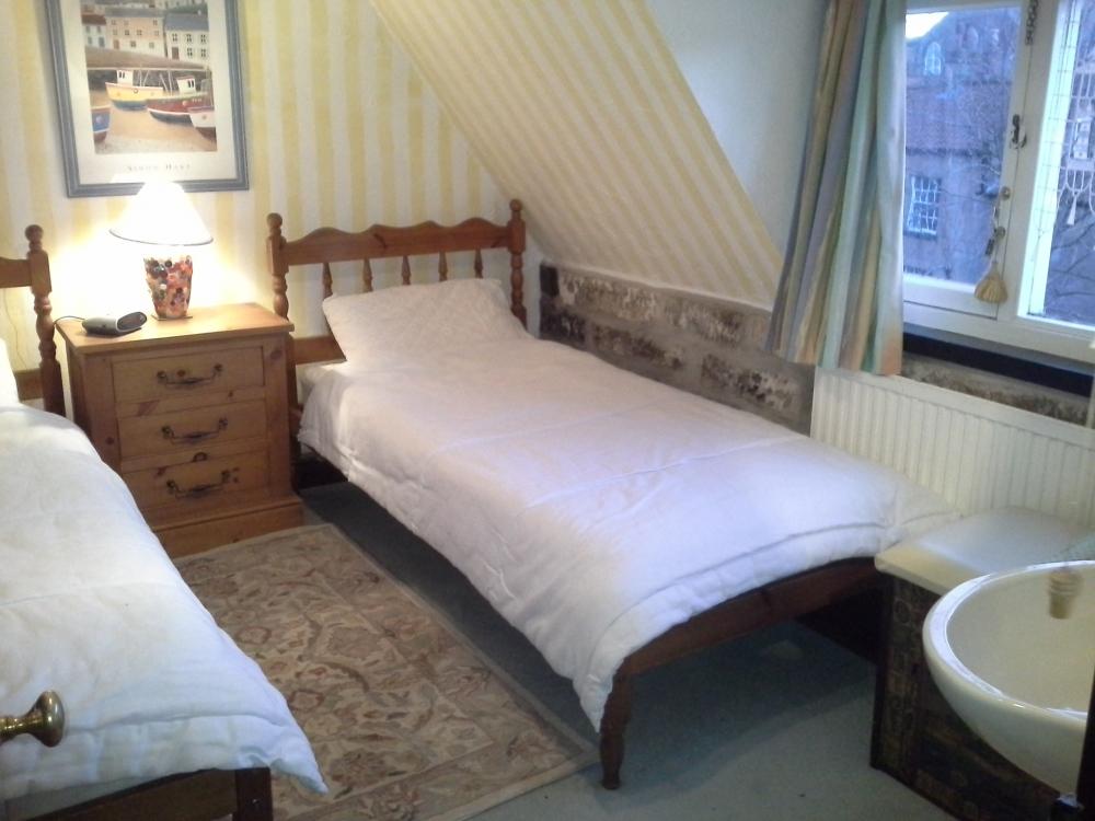Front Twin Bedroom